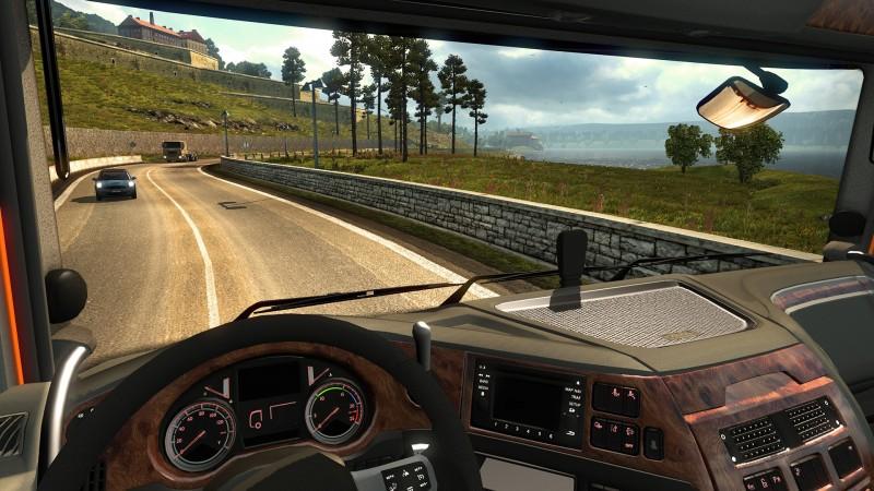 Euro Truck Simulator 2: Deluxe Bundle